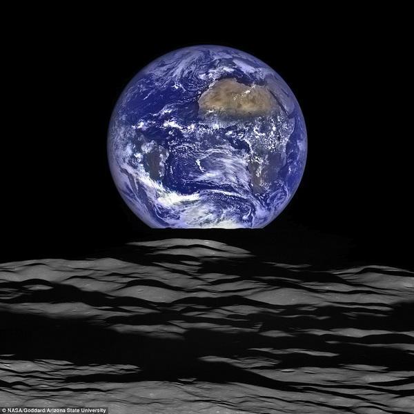美国月球探测器拍摄到最清晰地球