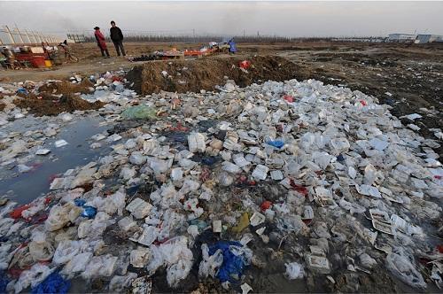 """中美科学家开发新技术破解""""白色污染"""""""