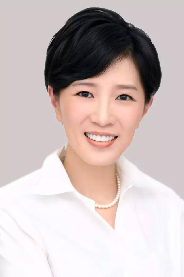 2016中国最具影响力的25位商界女性:孙儿子亚芳、彭蕾上榜