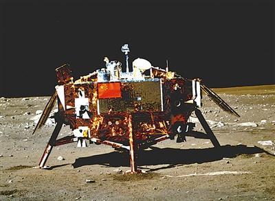 嫦娥三号着陆器开始超期服役