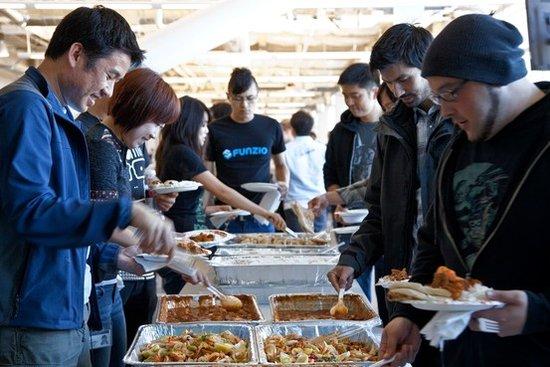 美科技公司免费食物举措引其他行业纷纷效仿