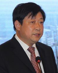张家港保税区管委会副主任徐仲高致辞
