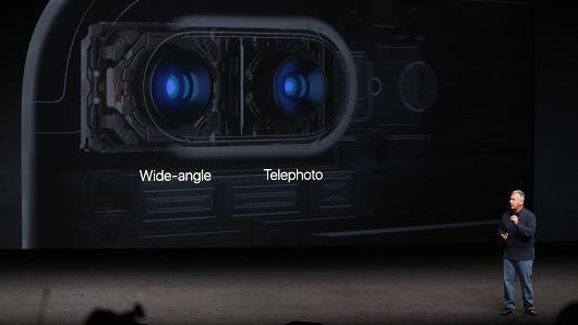 摄像头抄袭华为?苹果遭遇模仿中国品牌嘲讽