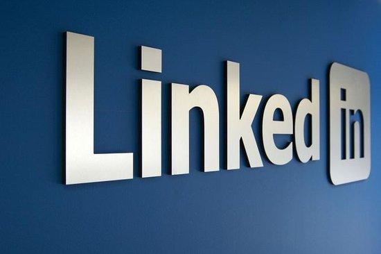 LinkedIn股价创IPO新高 上市累计涨幅超三倍