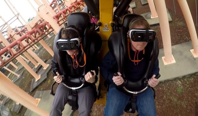 一个普通人的VR过山车经历:我感觉灵魂快被抽离了
