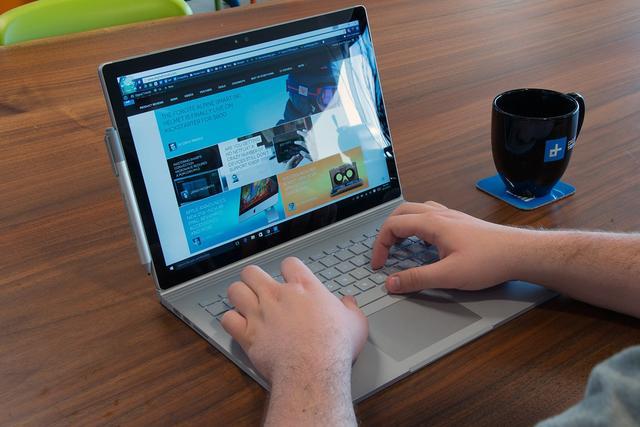 苹果将推动二合一设备成为重量级产品 微软和英特尔会怎么想?