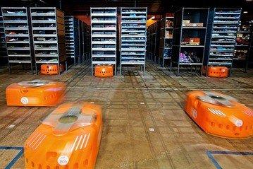 亚马逊仓储试用机器人 每年节省约9亿美元成本