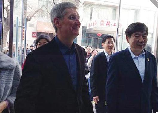 八次访华:库克为什么这么爱中国?