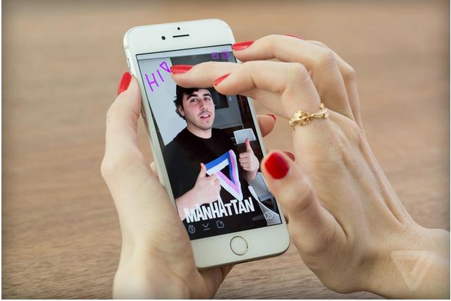 彭博社:苹果正在打造自己的Snapchat