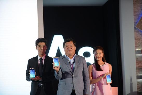 三星发布Galaxy A8 售价3199元起