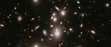 最新发现60多颗类星体有助于理解星系起源