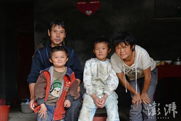 """""""小马云""""之父:网上都是谣言!读书才能改变命运"""