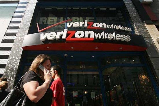 美媒称政府秘密收集电信公司通话记录本报华盛顿6月6日电...