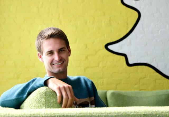 消息应用Snapchat拟明年3月上市 估值达250亿美元