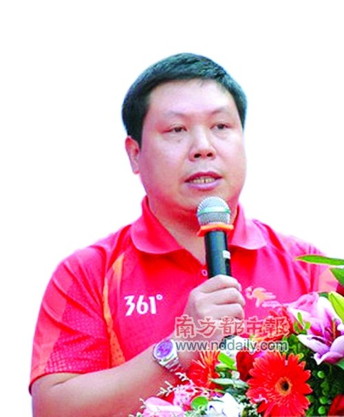 微博明星委员苏忠阳:每个委员都该开微博