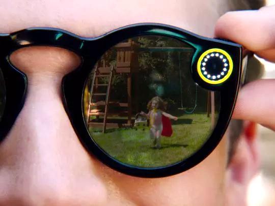 除了智能眼镜,Snap还想做无人机 有人吐槽:这些产品太老套