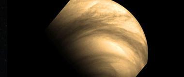 微风可让金星大气层疯狂旋转