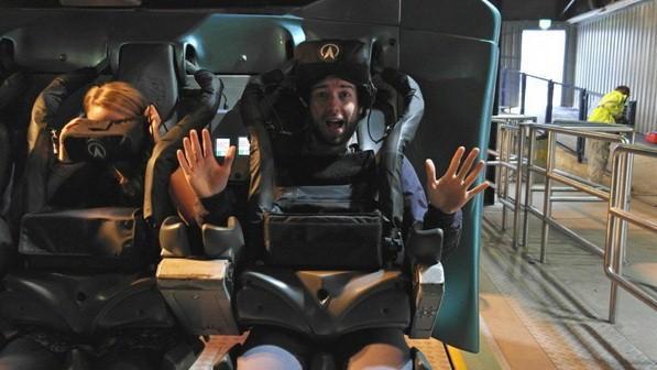 颤抖吧,没有几个人能扛得住VR过山车