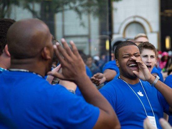 分析师质疑苹果iPhone销量数据 首周不到550万台