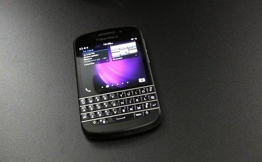 黑莓Q10来了 全键盘手机会再次火起来吗?