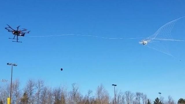 美国研发出无人机捕杀利器