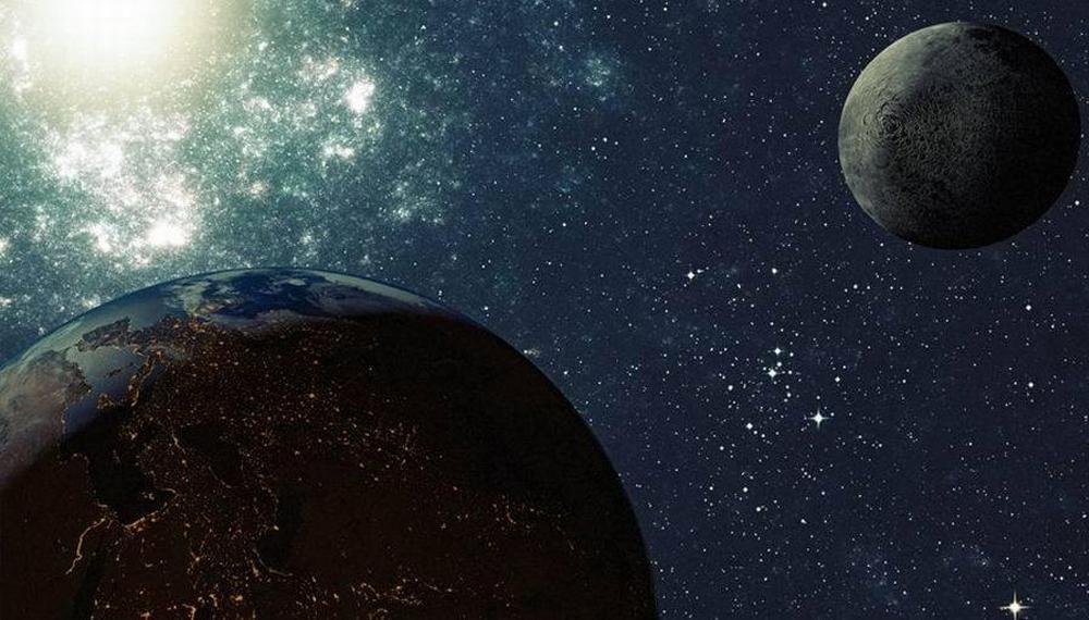 解释月球如何形成的四大理论