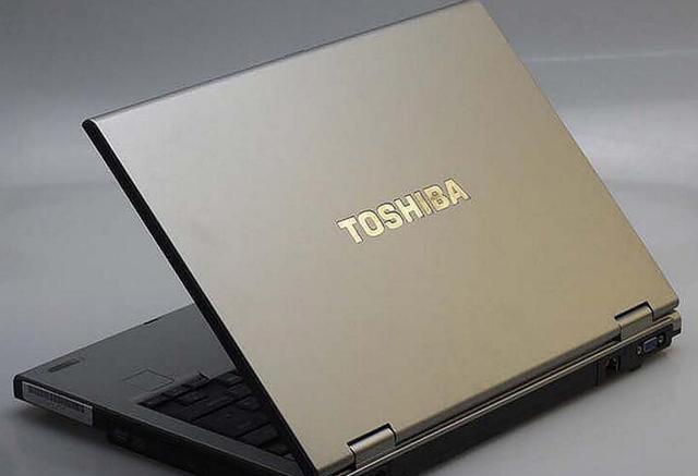 东芝扩大召回部分笔记本电脑电池 存过热隐患