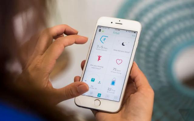 可穿戴市场巅峰对决:Fitbit将构建独立应用商店对抗苹果