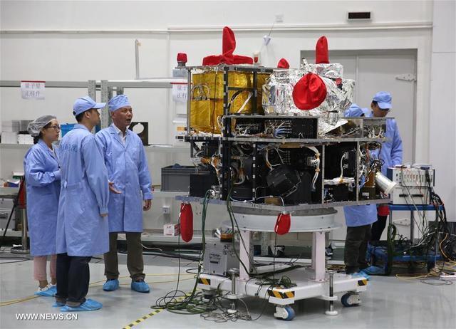 """量子卫星""""墨子号""""在轨测试进展顺利 部分参数超设计指标"""