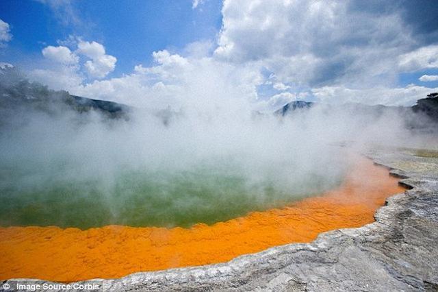 """活火山蓄水层是""""金矿"""" 含有大量金银金属"""