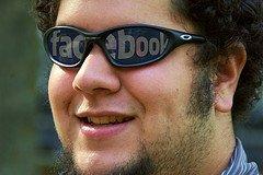 分析:Facebook开放图谱只是简化语义