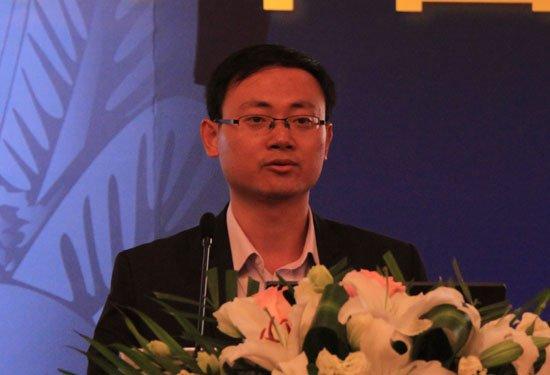 图文:网秦天下公司副总裁邹仕洪演讲