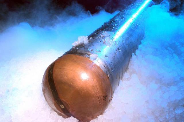 美国测试能钻进木卫二冰层核动力探测器