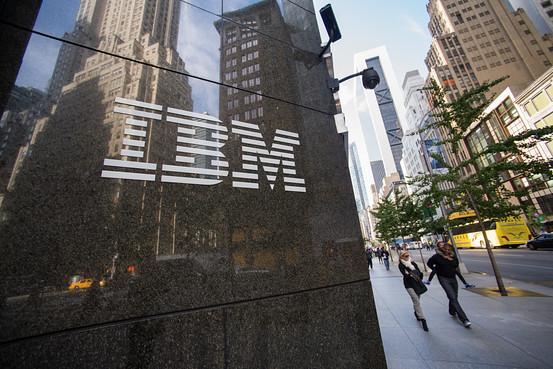 联想或将达成收购IBM低端服务器交易