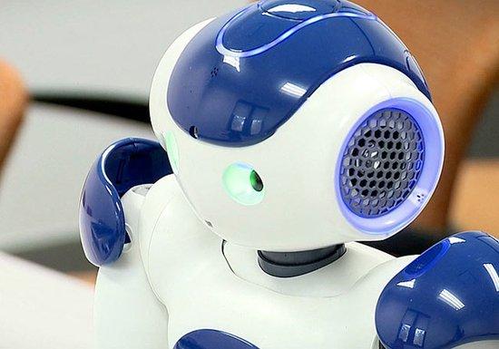 """會思考""""道德""""機器人問世 提醒病人按時服藥"""