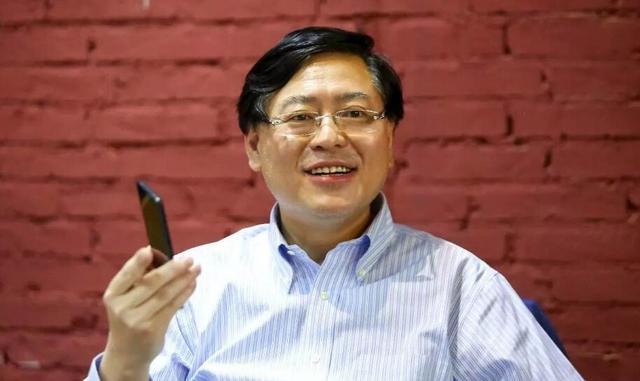 杨元庆两会提案:希望国家推动建设一批虚拟现实教育示范项目
