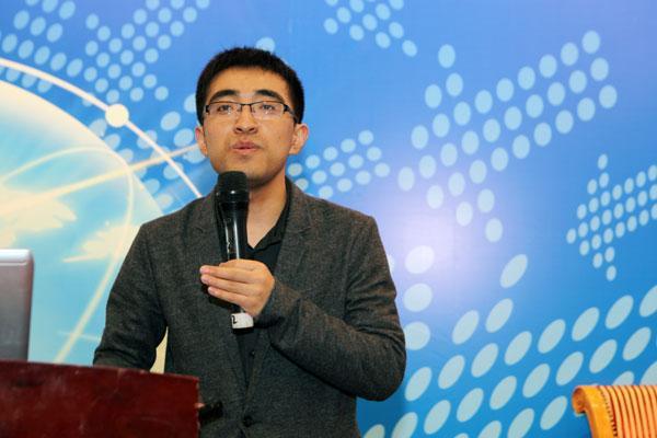 许泽玮:互联网为用户提供金融产品选择权