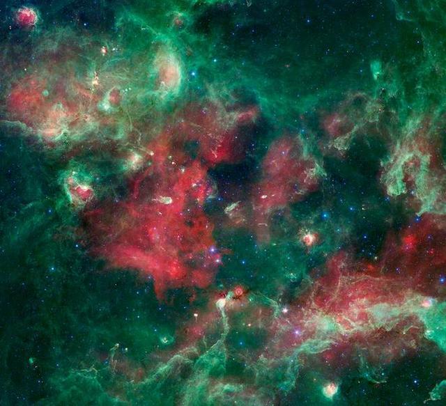 研究称低质量超新星爆炸可能引发太阳系形成