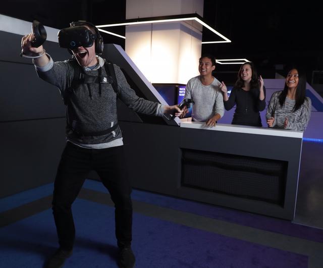 洛杉矶之后,IMAX也在中国推出首个VR体验中心
