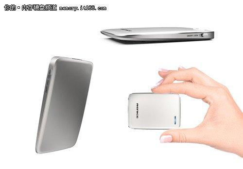全球第一款原生USB3.0固态硬盘面世