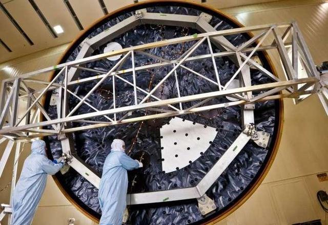 科学家研发两种材料能耐近4000度高温