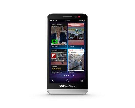 黑莓发布5寸大屏手机Z30和BB 10.2操作系统