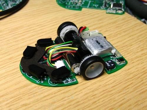 """日本电老鼠机器人大赛""""蛋挞""""仅5秒逃离迷宫"""
