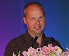 Google X实验室(Google眼镜)创始人Sebastian Thrun:移动教育
