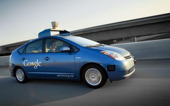 为何科技巨头纷纷研发无人驾驶汽车?看完这12大事实就明白了