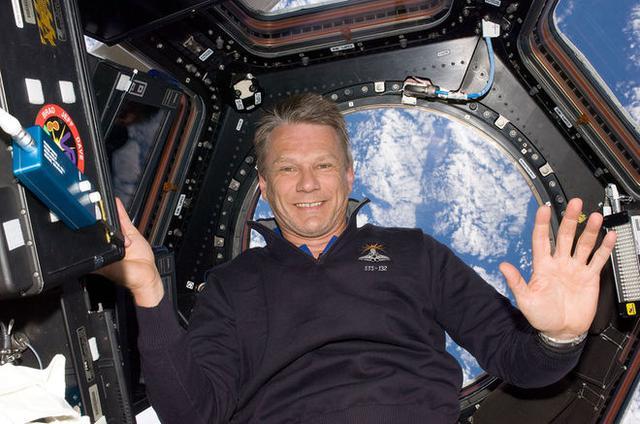 美国宇航局传奇宇航员与气候学家离世