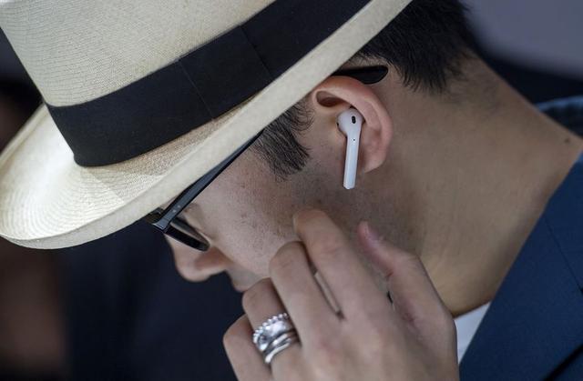 苹果宣布推迟发售无线耳机AirPods 只因技术不过关