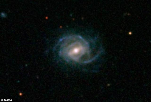 最新发现超级螺旋星系比银河系明亮14倍