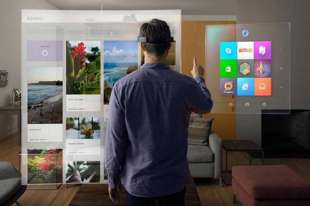没有一款VR头盔,微软也要打赢VR这一仗