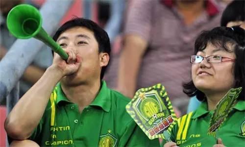 阿里、苏宁之后,这些公司也可能染指中国足球
